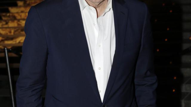 Apresentador Charlie Rose suspenso após denúncia de assédio sexual