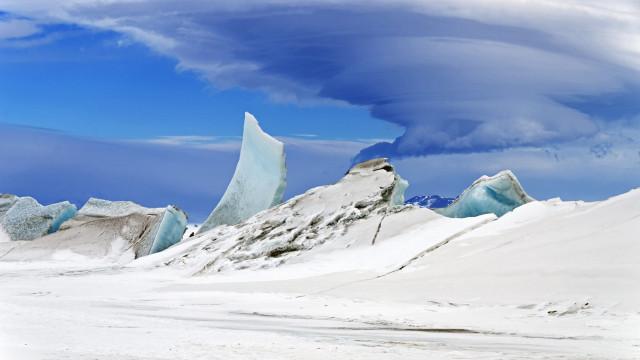 NASA lança satélite que vai medir ao detalhe alterações no gelo polar