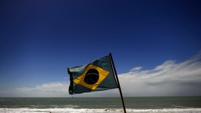 Tentativa de roubo de petróleo no Rio de Janeiro causa grande derrame