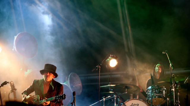 Dead Combo editam em abril o álbum 'Odeon Hotel'