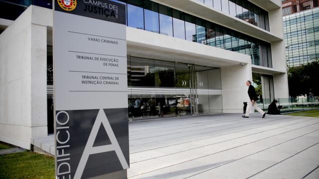 Julgamento de mulher mais velha presa em Portugal começa hoje