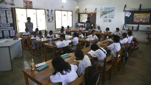 Governo timorense quer trazer professores portugueses ainda este mês