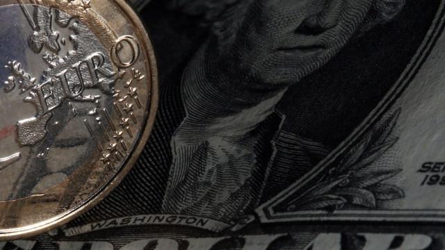 Angola já pode optar por cobrar impostos em moeda estrangeira