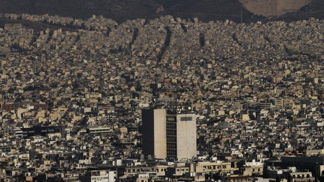 Grécia: FMI fala em riscos apesar de prever continuação do crescimento