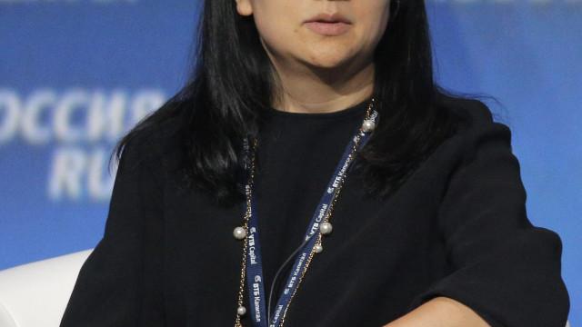 China pede libertação imediata da diretora financeira da Huawei detida