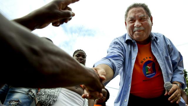 """Ex-presidente são-tomense apela a uma """"melhor escolha"""" nas eleições"""
