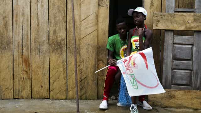 """Líder da oposição em S. Tomé promete """"medidas de emergência"""""""