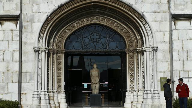 Exposição com tesouros da Roménia inaugurada no Museu de Arqueologia