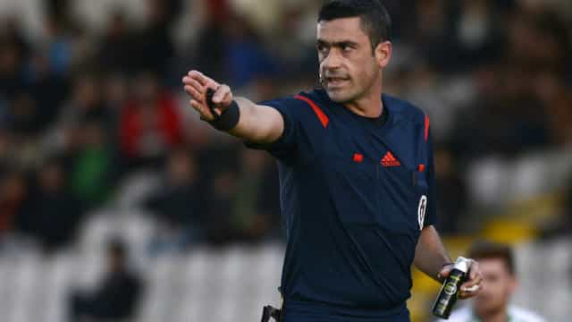 Nuno Almeida vai arbitrar o Sporting-FC Porto