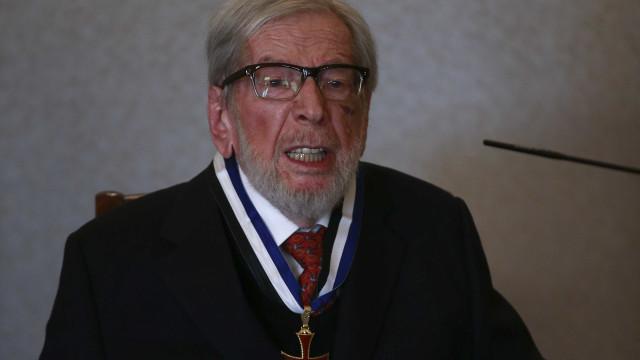 Morreu o escritor e encenador Jorge Listopad. Tinha 95 anos