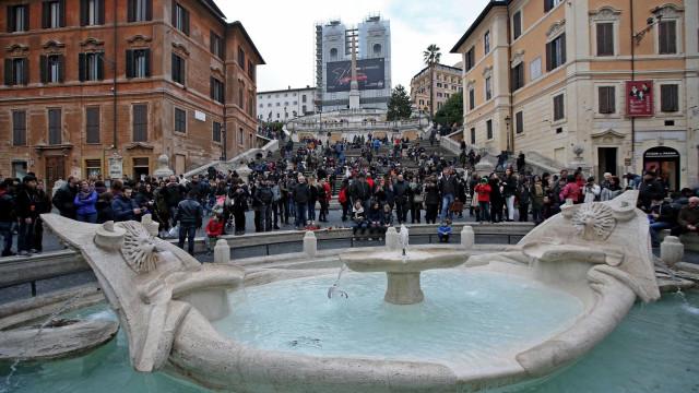 Bruxelas quer liquidar dois bancos italianos pelas regras de Itália