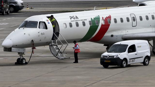 Tripulantes de cabine da Portugália Airlines em greve de 11 e 16 de julho