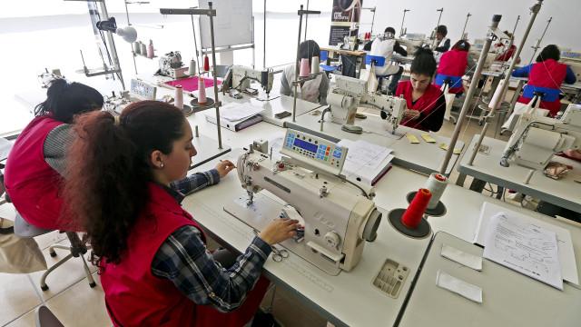 Trabalhadores do têxtil e vestuário em greve por salário de 600 euros