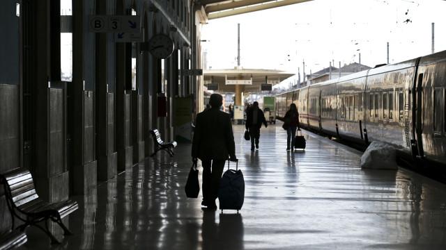 """Comboios: Três greves na próxima semana causarão """"fortes perturbações"""""""