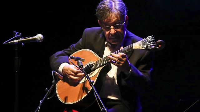 António Chainho faz 80 anos e estreia um novo tema em direto na Internet