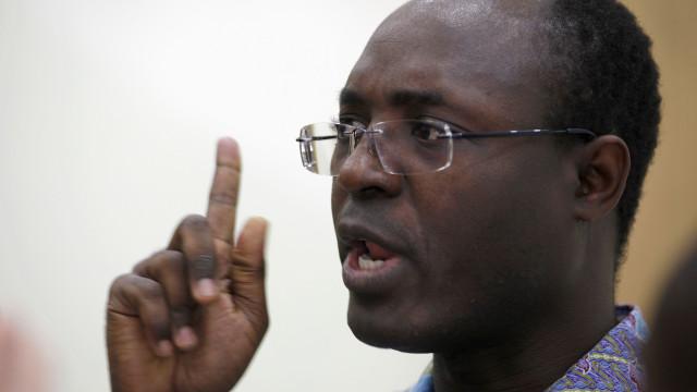 """Jornalista quer ver """"alguns dos maiores corruptos angolanos na cadeia"""""""