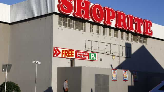 Cadeia de supermercados sul-africana aplica 222 milhões em dívida pública