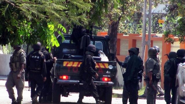 Denúncias populares e detenções em Moçambique após ataque de grupo armado