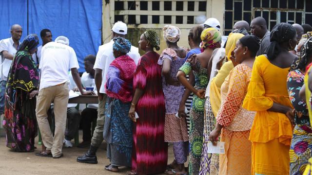 Guiné-Conacri legaliza poligamia preocupada com avanço do Islão