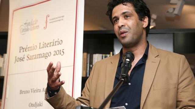 Festival Tábula Rasa distingue Bruno Vieira Amaral com Prémio de Ficção