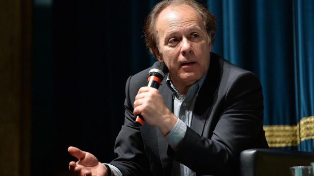 Livro de crónicas de Javier Marías sobre a atualidade inédito em Portugal