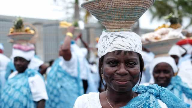 Mais de 20% das mulheres angolanas vivem em relação polígama