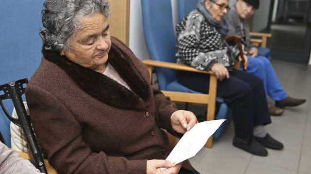 Nove em cada 10 idosos em tratamento médico sofrem de solidão