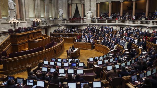 Vota-se hoje quase mil propostas de alteração ao Orçamento do Estado
