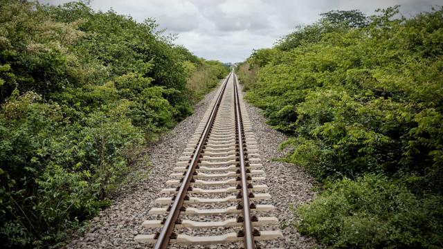 Primeiro comboio turístico leva até Angola mais de 100 estrangeiros