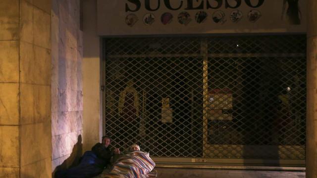 Sem-abrigo: Plano de ação tem 100 medidas com valor superior a 60 milhões