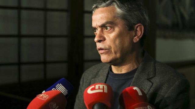 """""""Os Verdes"""" destacam que hoje se discute devoluções em vez de cortes"""