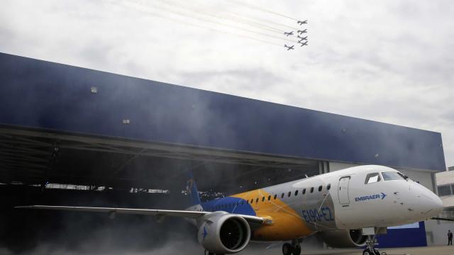 Portugal representado no primeiro avião da nova geração de jatos Embraer