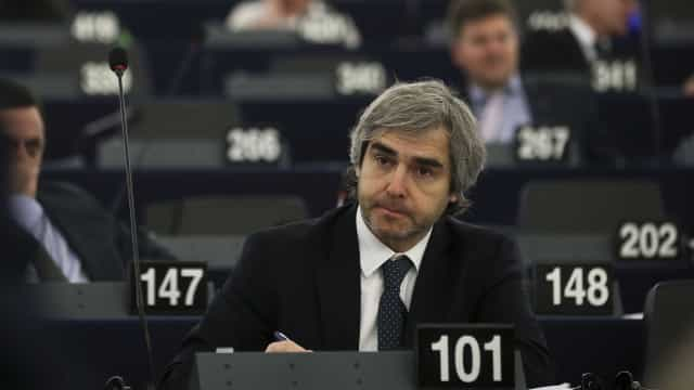 CDS quer informações do Governo para inquérito europeu a Panama Papers