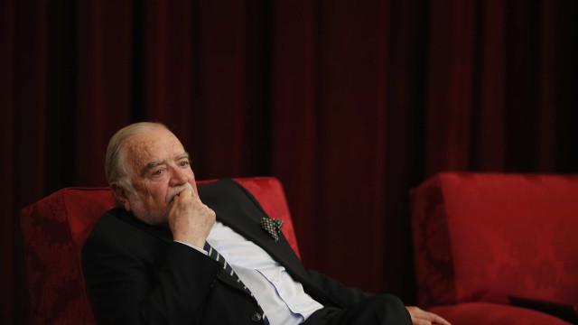 "Manuel Alegre critica ""falência do Estado"" por ""desleixo e amiguismos"""