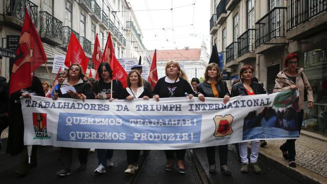 Insolvência: Trabalhadores da antiga Triumph continuam vigília