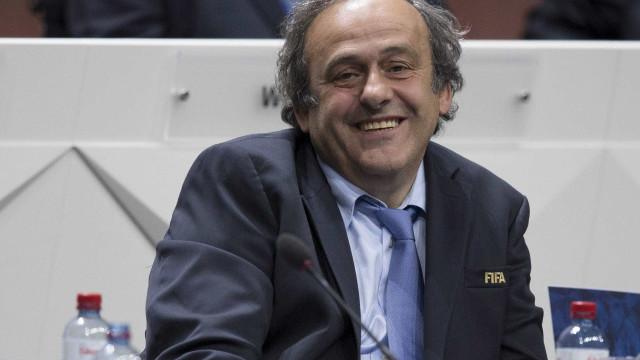 Platini autorizado pela FIFA a ir ao Congresso Extraordinário da UEFA