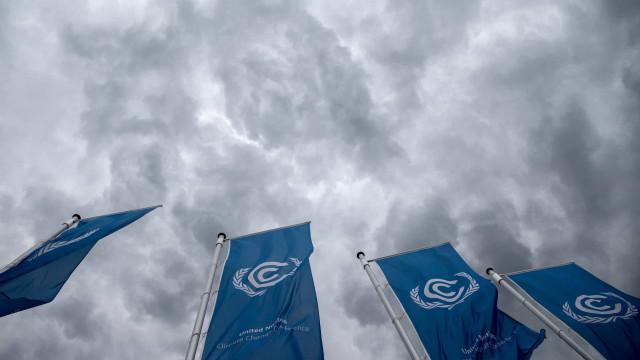 """Pedem-se transformações """"sem precedentes"""" para limitar aquecimento global"""