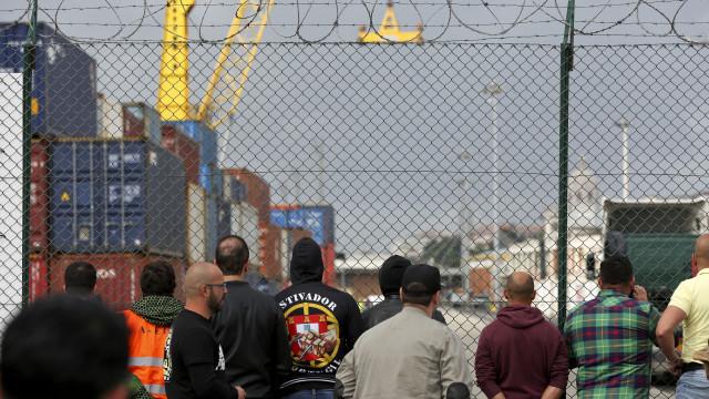 """Operadores acusam sindicato de fomentar conflito social """"a todo o custo"""""""