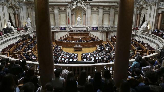 """Dia a dia do Parlamento mostra """"trabalho invisível"""" dos deputados"""