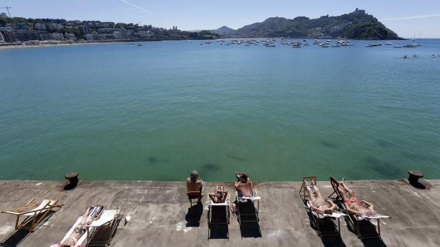 Turismo saúda incentivos e alerta que impostos podem diminuir consumo