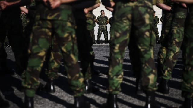 Ex-militares reintegrados com carreiras reconstituídas sem retroativos