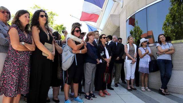 Assembleia nacional francesa aprova extensão de estado de emergência