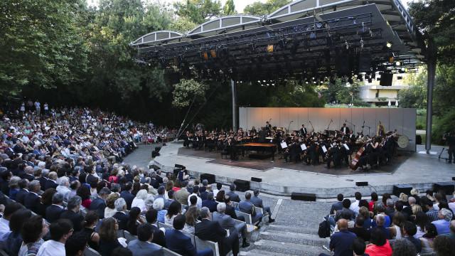 Maestro Lorenzo Viotti dirige Orquestra Gulbenkian em 'As Valsas'