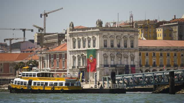 Troika de volta a Lisboa para mais uma missão pós-programa