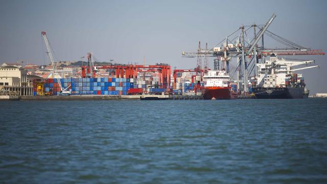 Industriais agro-alimentares queixam-se de atrasos no Porto de Lisboa