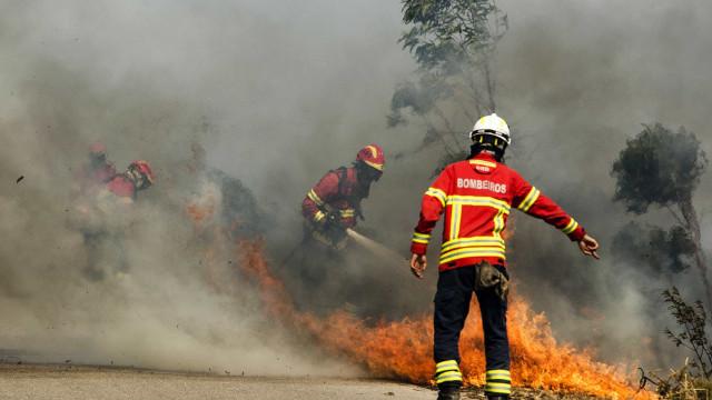 Proteção Civil de Setúbal pede a habitantes que saiam das suas casas