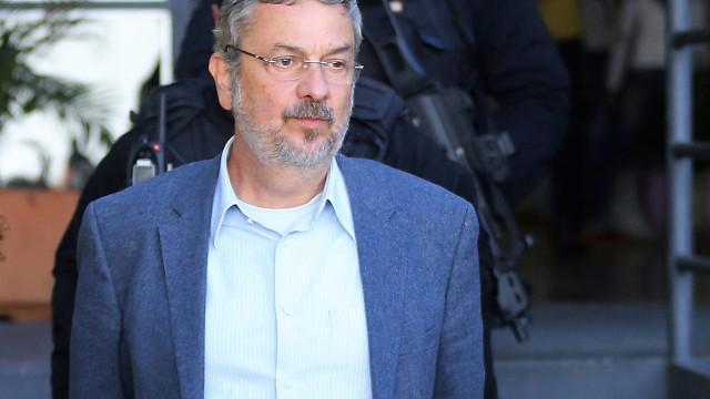 Ex-ministros do antigo governo de Lula da Silva acusados de corrupção