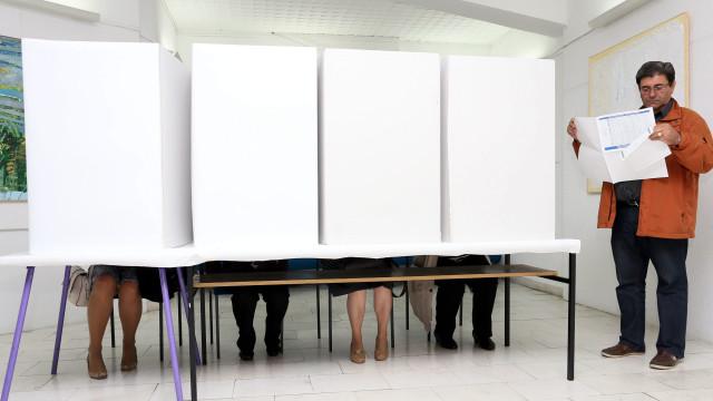 Bósnia-Herzegovina vai hoje às urnas sem alternativas à clivagem étnica