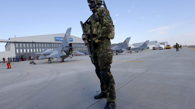 Aprovada moção pela abertura da base aérea de Monte Real ao tráfego civil