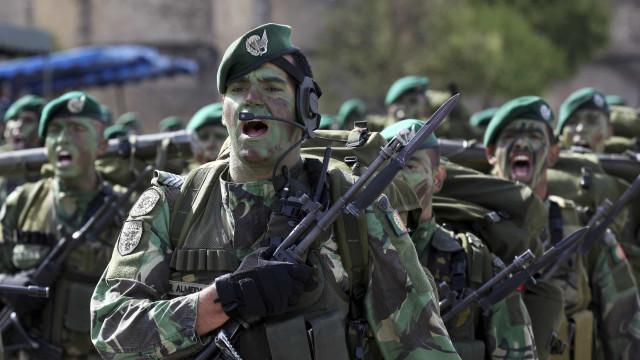 """Dia do Exército em Guimarães com """"programa vasto"""""""